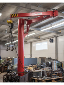 Articulated pillar jib crane