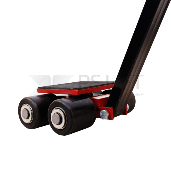 Steerable skates with a drawbar PS-ST series
