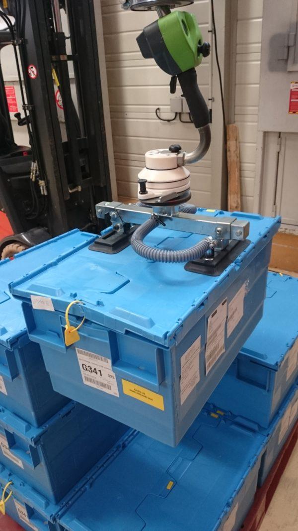 Vacuum manipulators in logistics