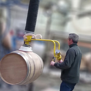 Vacuum manipulators in alcohol sector
